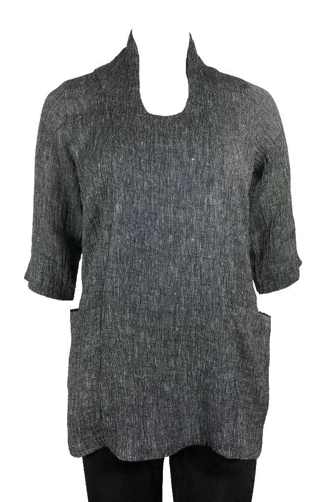 Slouch top Black and White Crinkle Linen