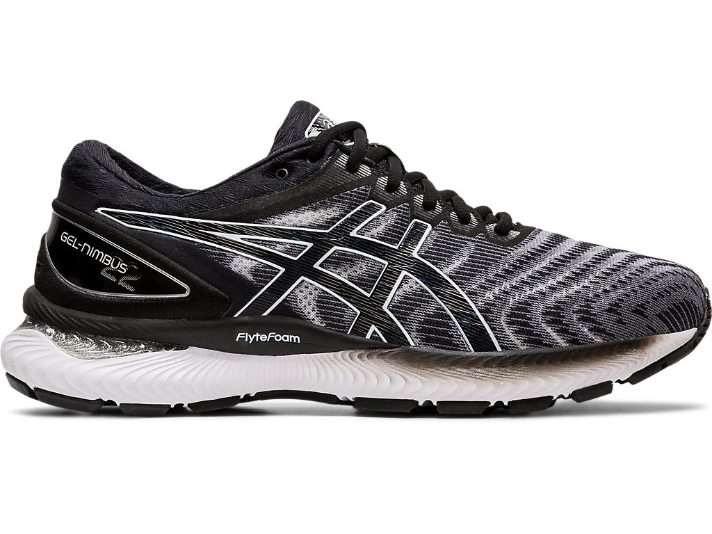 Asics Men's Gel-Nimbus 22 (4E) Running Shoes in White/Black
