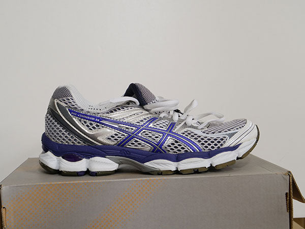 OLD STOCK Asics Women's Gel Cumulus Shoes 6 - ATR Sports