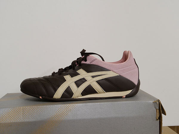 Asics Women's Budokan Casual Shoes 6 1/2 - atr-sports