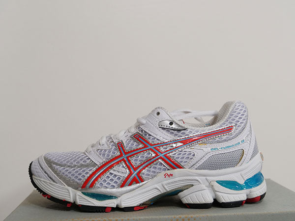 OLD STOCK Asics Women's Cumulus Shoes 5 - atr-sports
