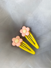 Load image into Gallery viewer, Pastel Flower Hair Clips - 1 Pair (Choose from 3 colours)