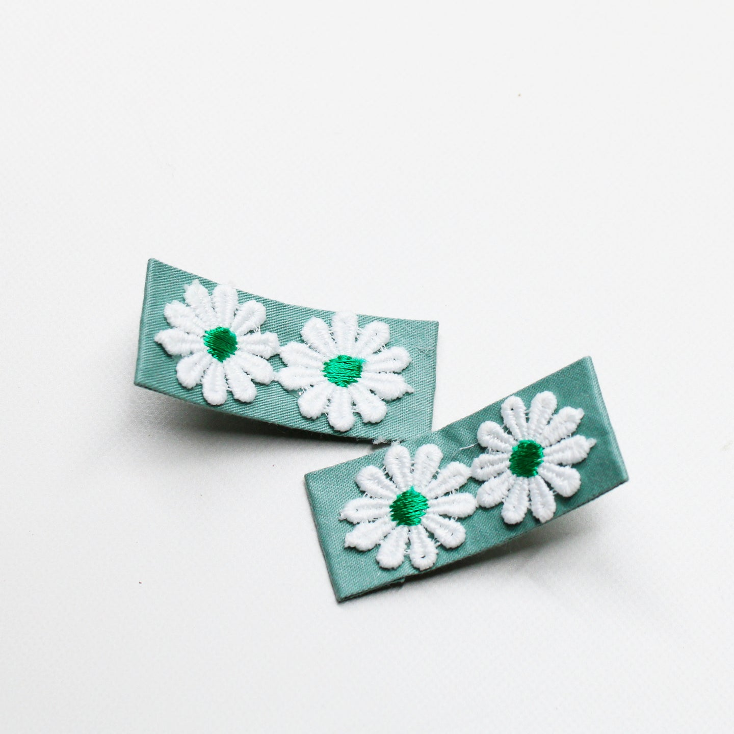 Daisy Floral Fabric Clips - Teal