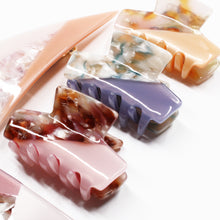 Load image into Gallery viewer, Jelly Resin Claw - Sweet Pink