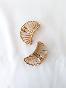Shell Large Gold Statement Hair Clip