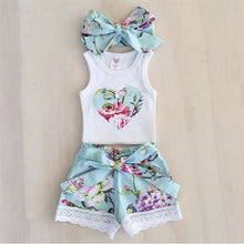 Load image into Gallery viewer, Floral Summers Heart Outfit Set