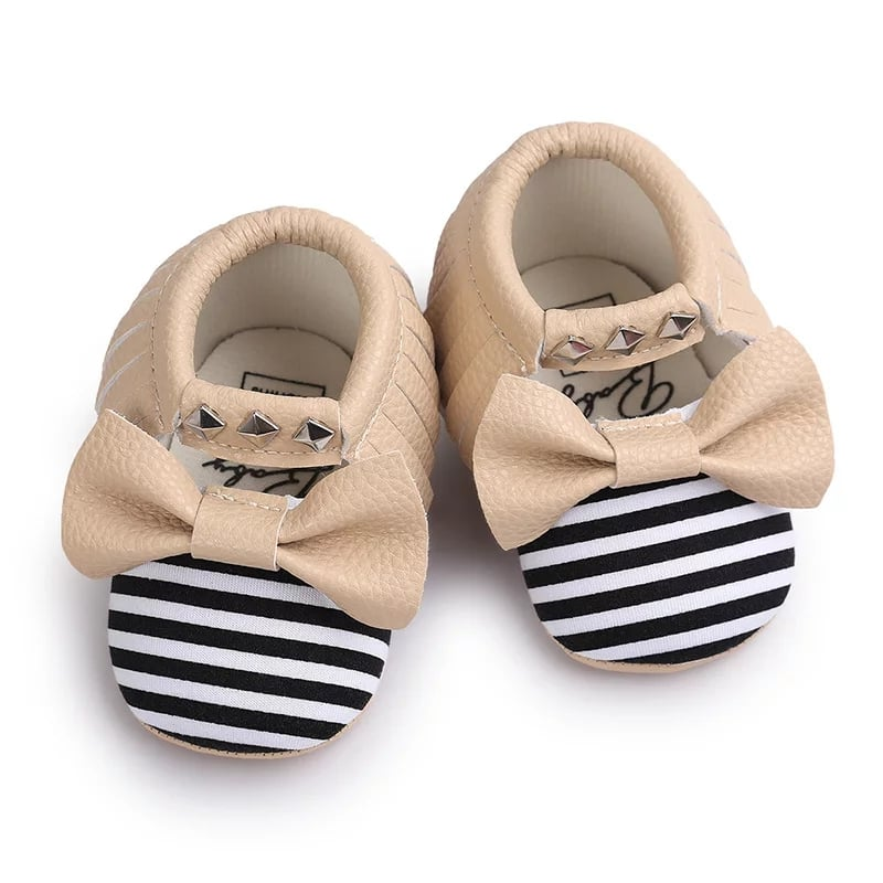 Butterfly Knot Stripes Shoes - Sizes 0 to 18 Months