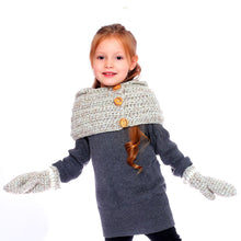 Load image into Gallery viewer, Heavy Hand-Knitted Shoulder Cap with Gloves - Age Range: 3 to 5 Years
