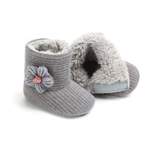 Load image into Gallery viewer, Warm Infant Boots with a Trademark Flower (0 - 15 M)