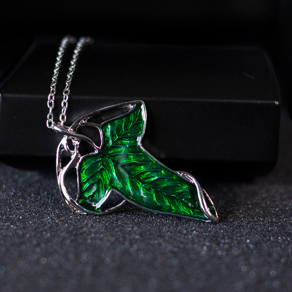 The Leaf of Lothlórien Brooch Necklace
