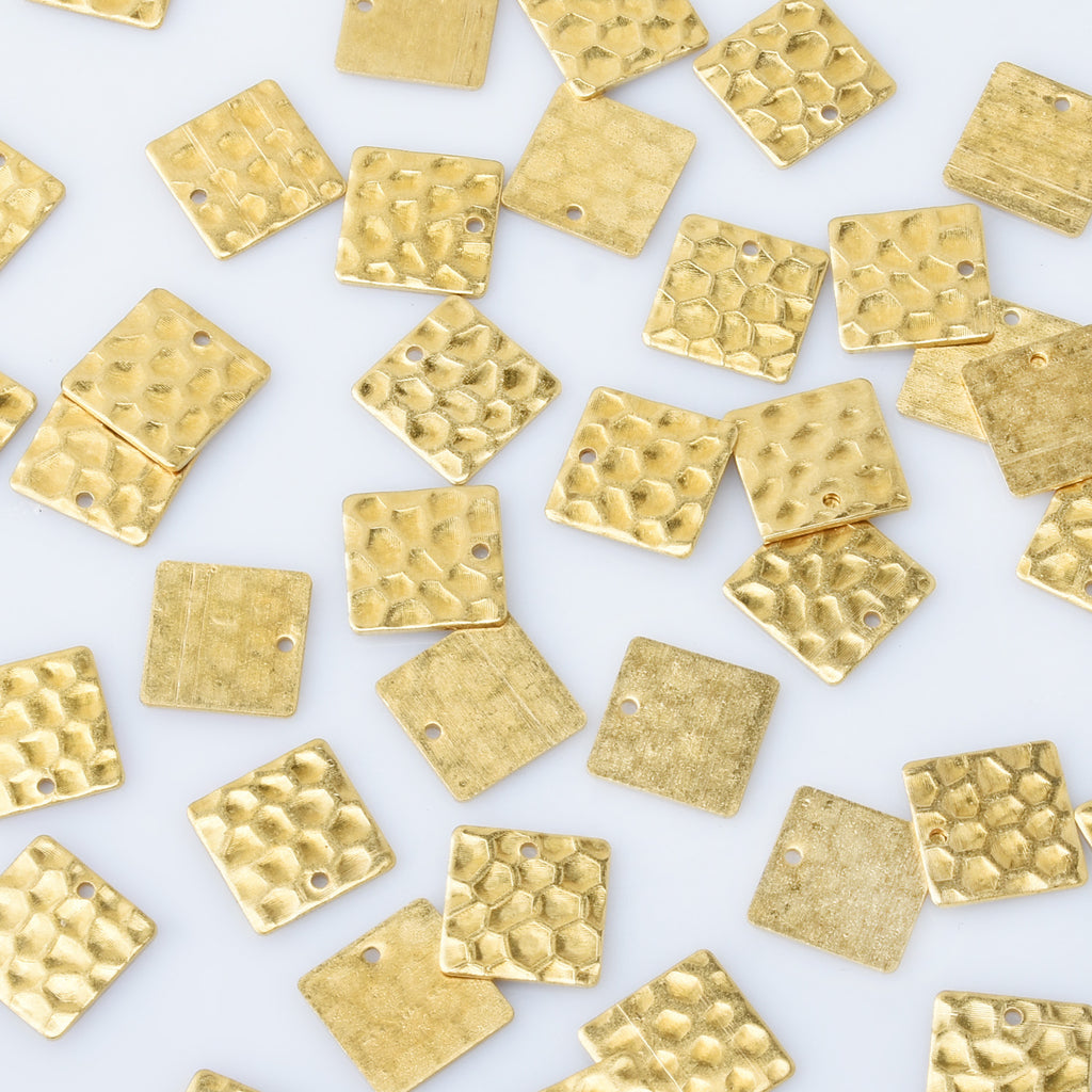 "9/16"" Raw Brass Hammered Square Charms with 1mm hole Single-sided hammered Textured pendant Metal Blank 20pcs 10275950"