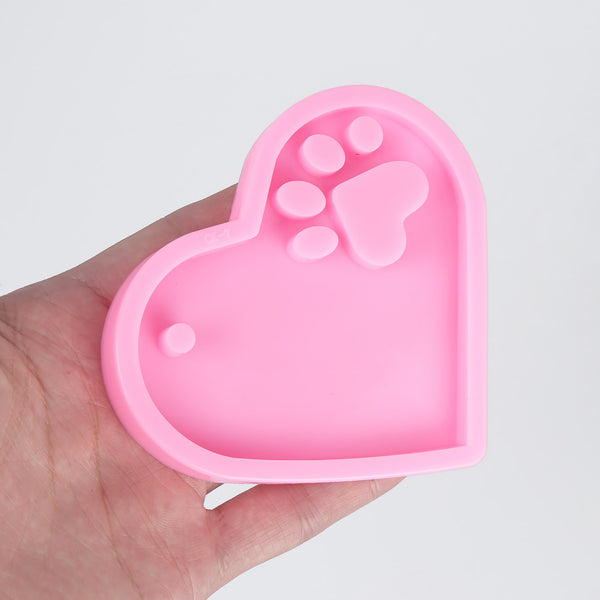 1 piece Cute Silicone Heart Keychain Mold Bear Paw Keychain Mold with a hole 10337