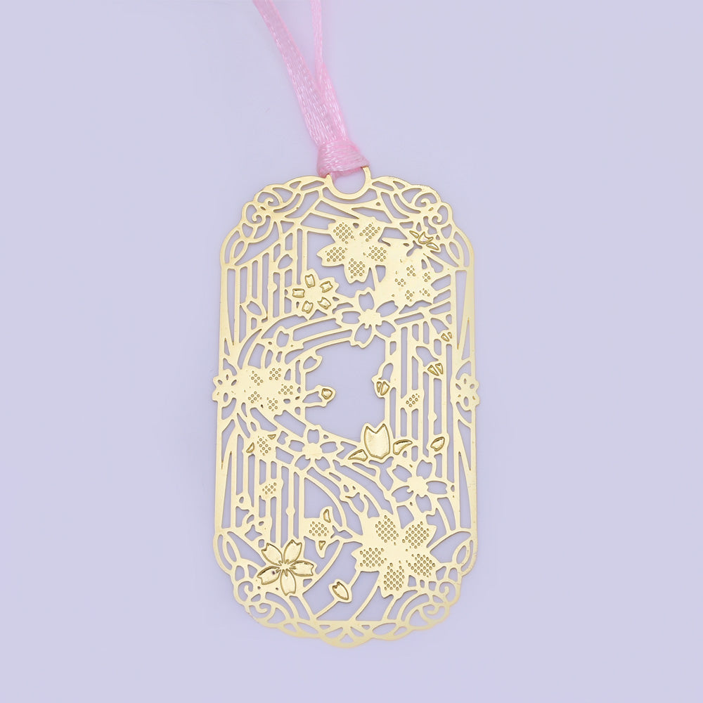 About 33*60mm Personalized Brass Bookmark Gift for Romance Readers cherry blossoms shape Bookmarks 4pcs