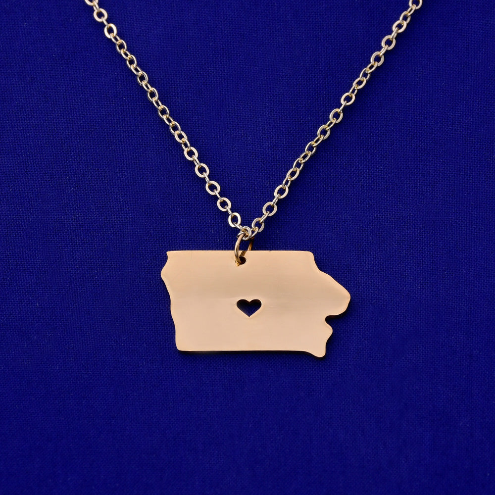 1 pcs about 28x18mm Gold Stainless Steel pendant map necklace Stamping blank Jewelry supplies Iowa-IA 18 Gauges