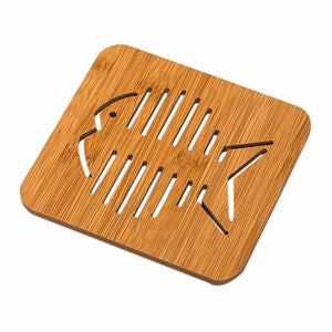 Wooden Super-Cute Drink Coaster/Mat (Cat & Fish Carvings). This picture features the fish carving.