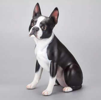 Image of a statue in the shape of a lifelike boston terrier
