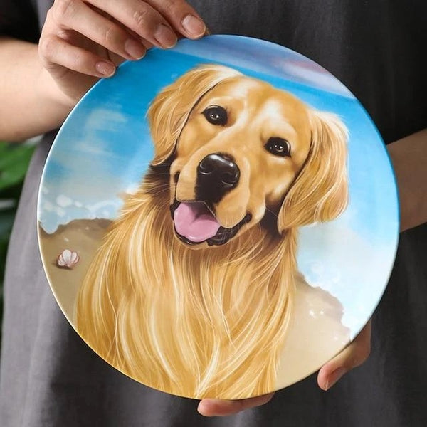 Image of a decorative dinner plate with a Golden Retriever design, made of Ceramic & Enamel