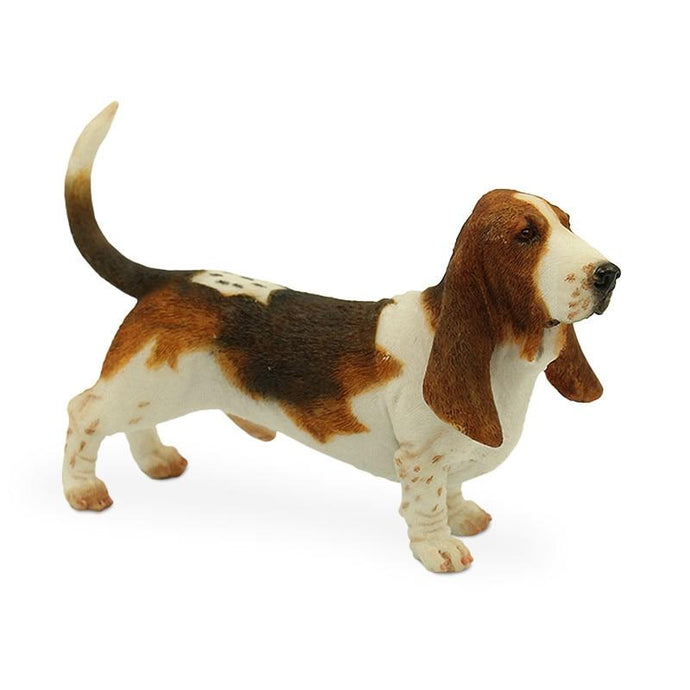 Basset Hound Love Lifelike Resin Figurine StatueHome Decor