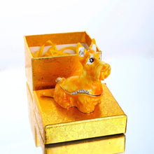 Load image into Gallery viewer, Beautiful Scottish Terrier Love Small Jewellery Box FigurineHome Decor