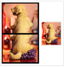 Load image into Gallery viewer, Labrador / Golden Retriever Love Resin Wine Bottle HolderHome Decor