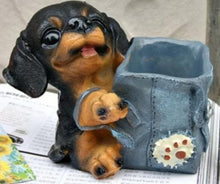 Load image into Gallery viewer, Pug Love Desktop Pen or Pencil Holder FigurineHome DecorDachshund
