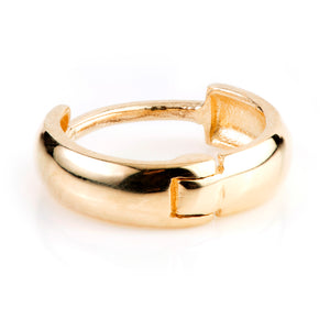 Open image in slideshow, 9ct Gold Rounded Plain 9mm Huggie Hoop Earring