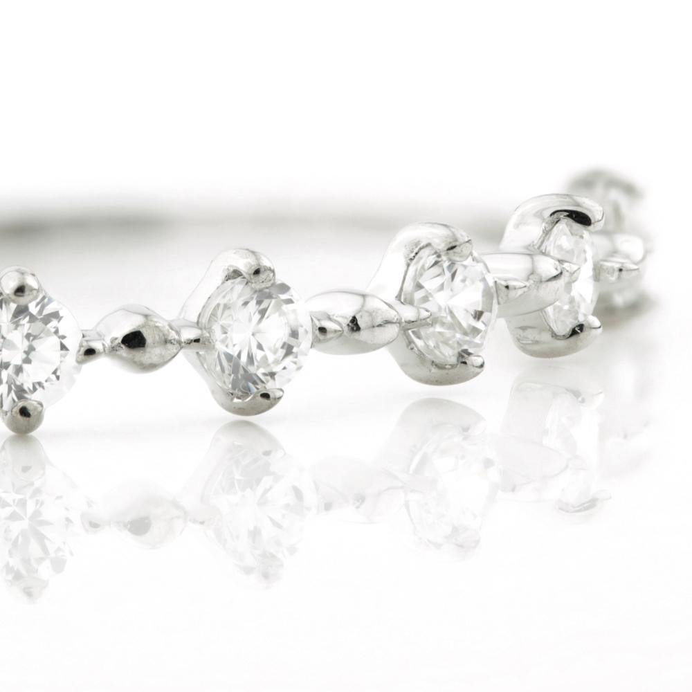 6x Small CZ Crystals on 9ct White Gold