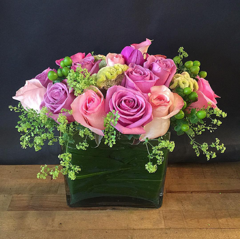 Rose Medley Flower Arrangement - same day flower delivery and gift crate basket delivery Manhattan NYC New York 10019 10022
