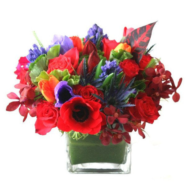 Sasha Flower Arrangement - same day flower delivery and gift crate basket delivery Manhattan NYC New York 10019 10022