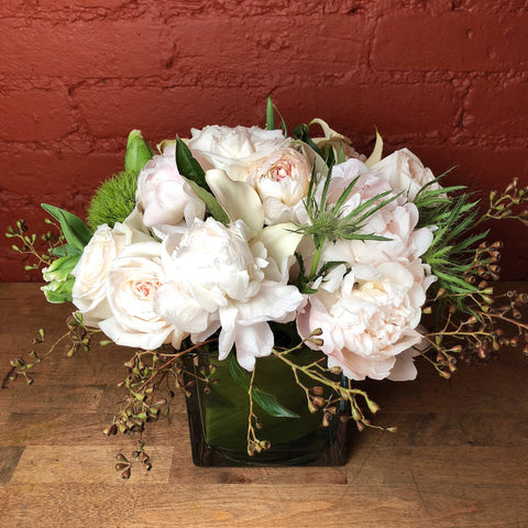 flower delivery nyc florist white peonies