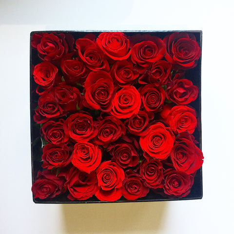 Alaric Flowers | Red Roses Box |