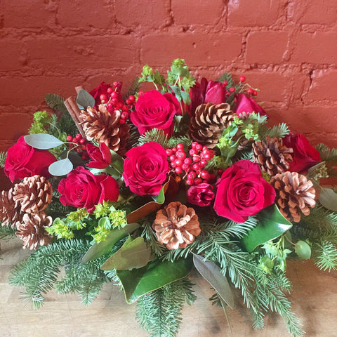 Red Christmas Flower Arrangement - same day flower delivery and gift crate basket delivery Manhattan NYC New York 10019 10022