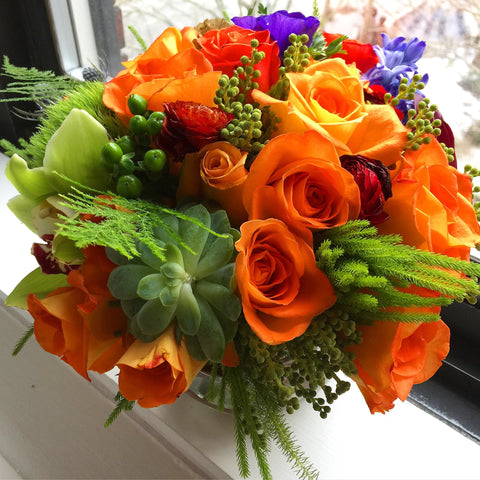 Smile Flower Arrangement - same day flower delivery and gift crate basket delivery Manhattan Midtown NYC New York 10019 10022