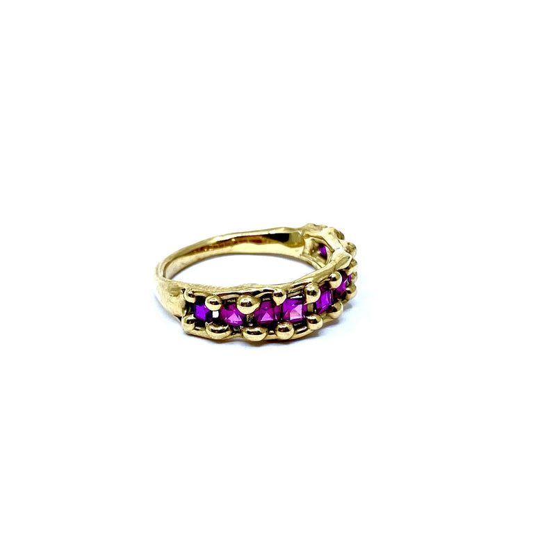 Cashmere Malekitsch — Gold Ring with Nine Verneuil Rubies - Australian made Jewellery