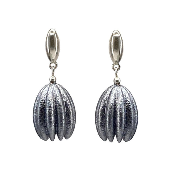 Jenny Fahey — Hula Earrings in Black Jewellery Jenny Fahey | Craft