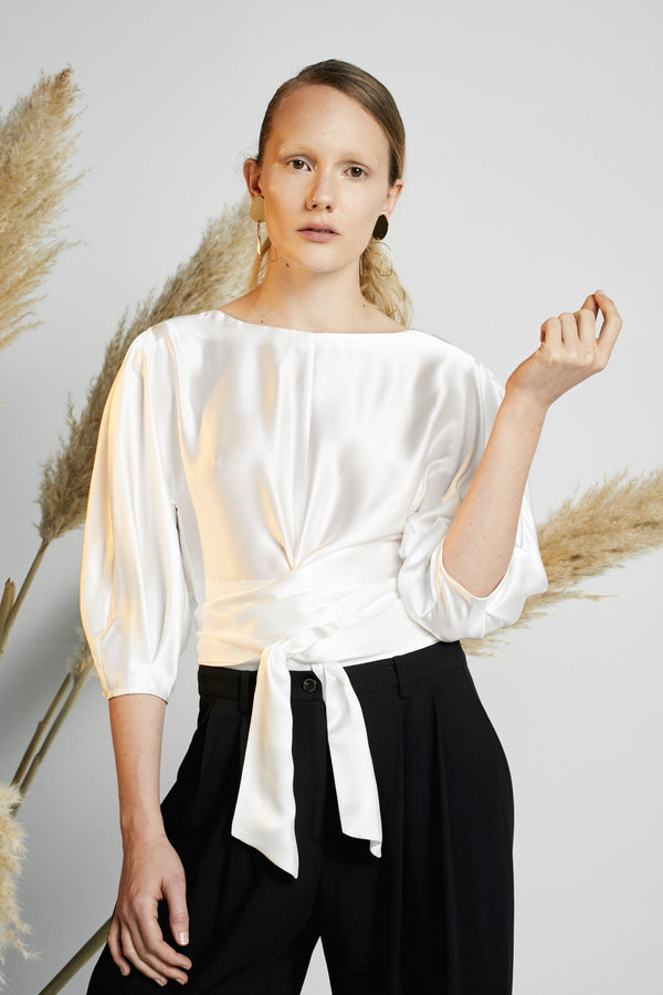 Lara Pallini — L'avenir Blouse - Australian made Clothing