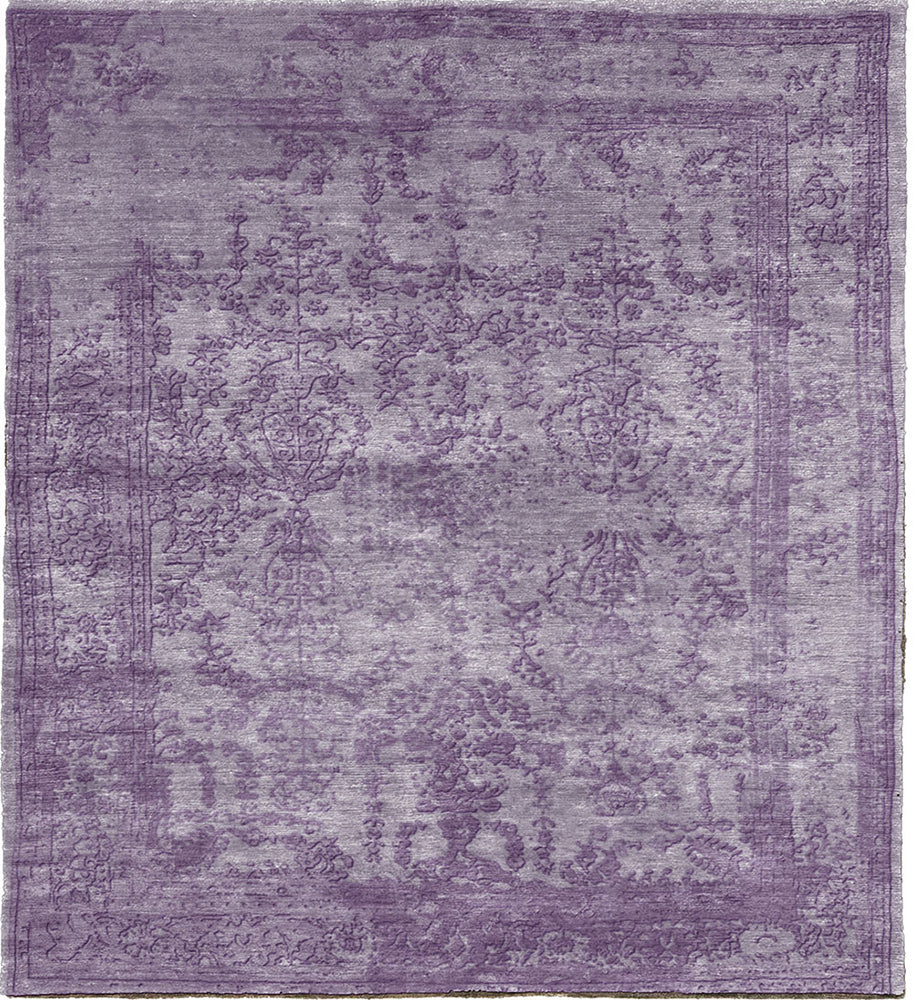 Quadrant I Traditional Silk and Wool Rug Main Image
