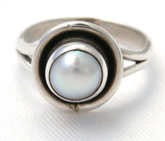Romantic Pearl Ring