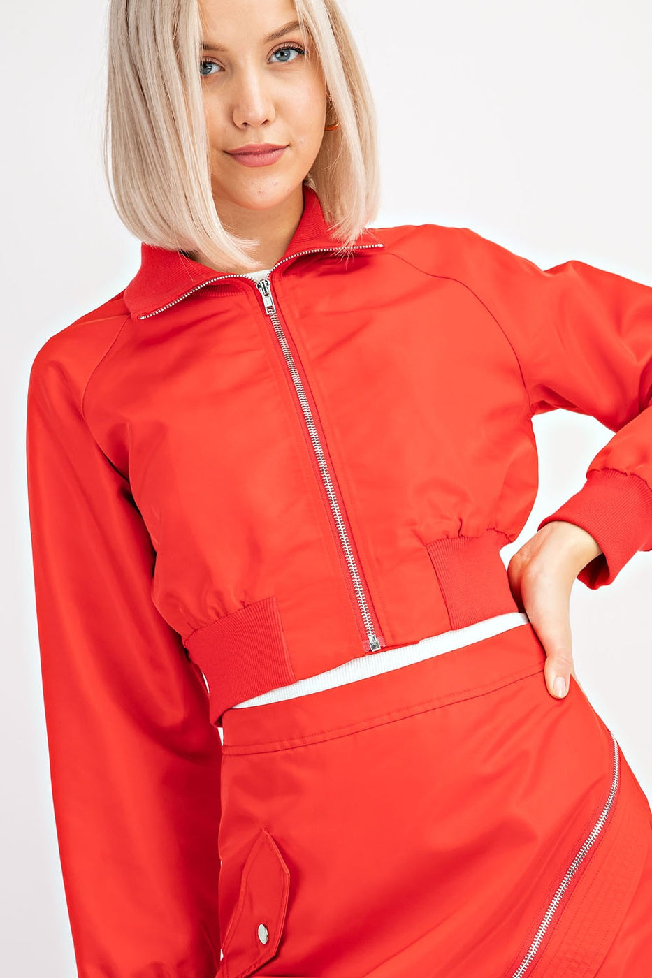 Cropped Bomber Jacket In Red Siin Bees