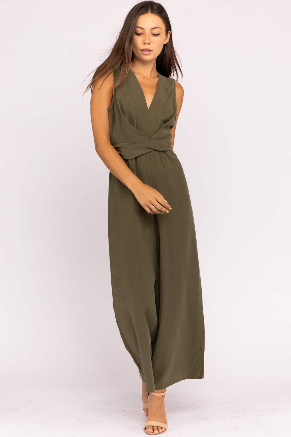 Tencel Sleeveless Jumpsuit With Waist Tie Detail In Olive Siin Bees