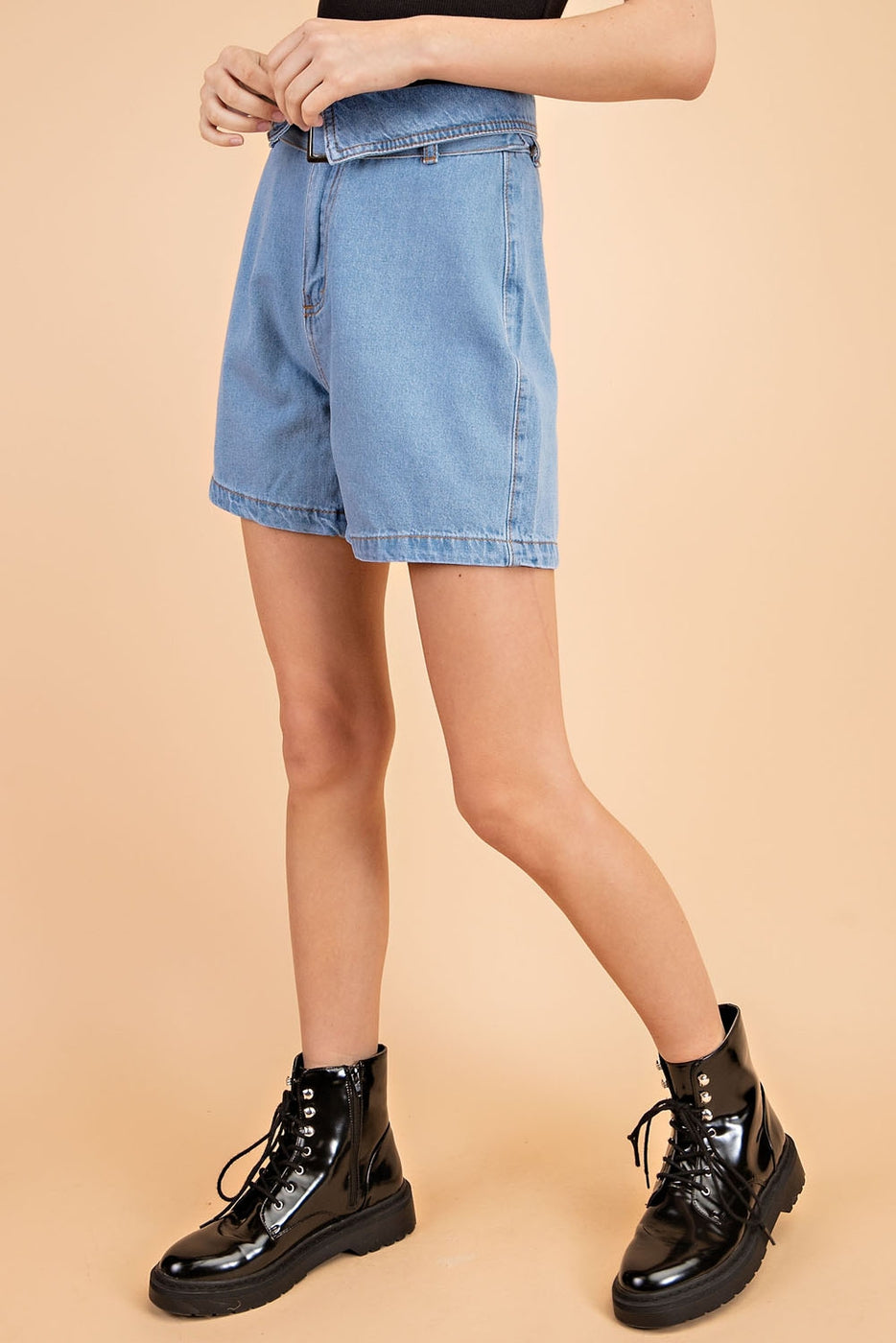 Denim Shorts With High Waisted Adjustable Belt Siin Bees