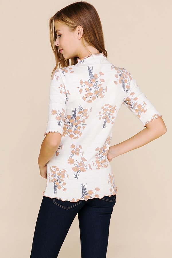 Beauty Floral Print Top With Merrow Detailed In Ivory Siin Bees