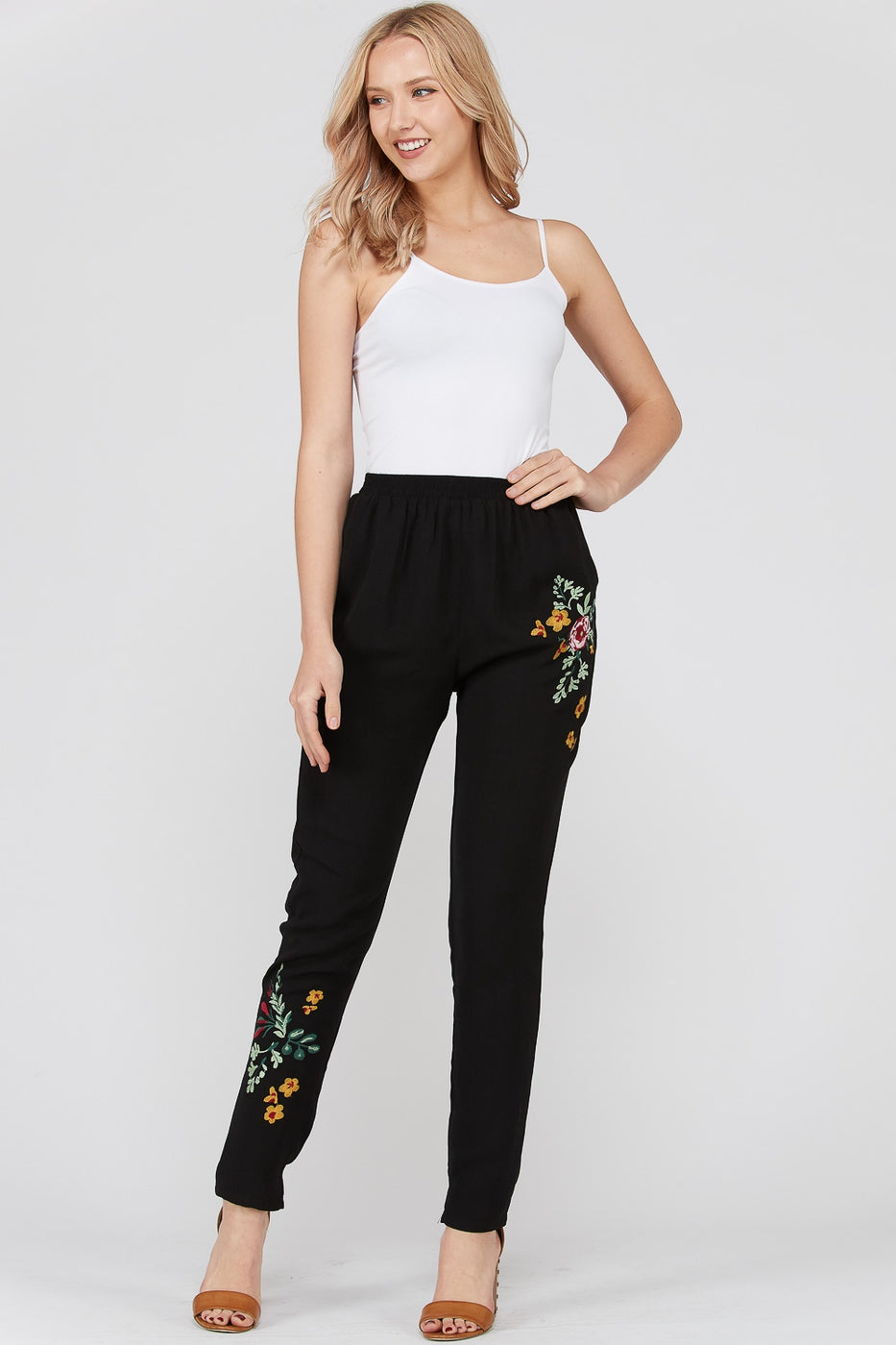 Black Pants Embroidery Detail With Front Pocket Siin Bees