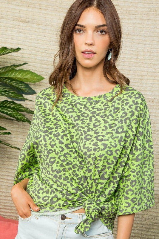 Round Neck Short Sleeve Oversize Fit Leopard Printed Top Siin Bees