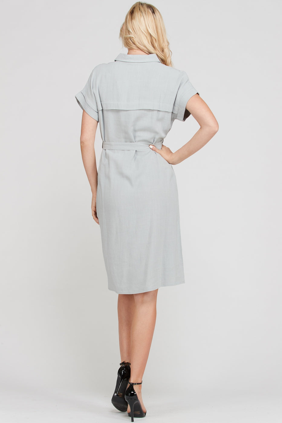 Erin Midi Dress With Button Up Solid In Grey Siin Bees
