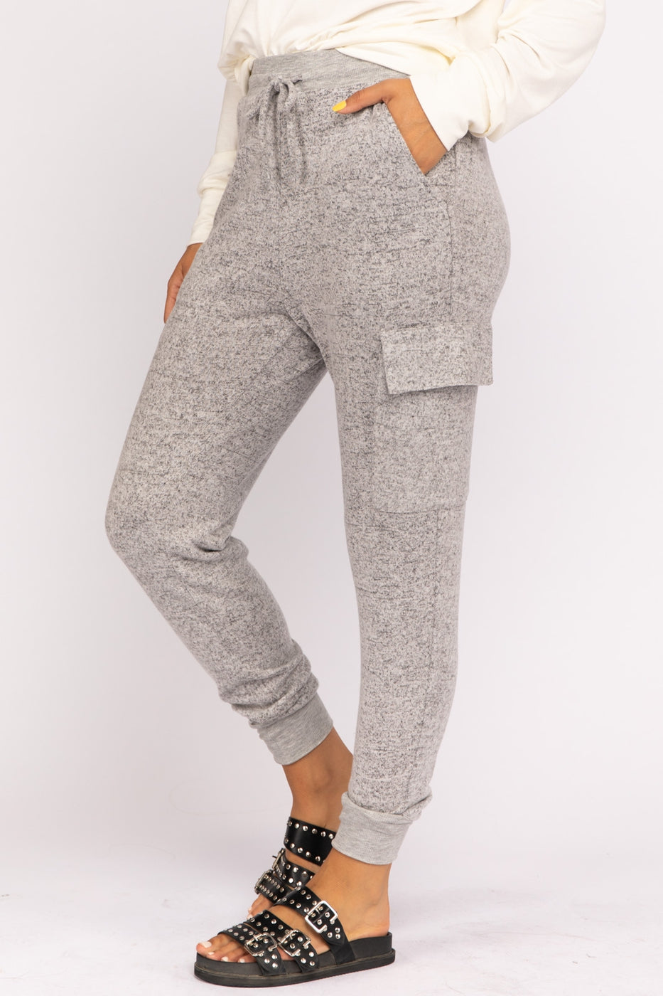 Cargo Solid Knit Joggers In H-Gray Siin Bees