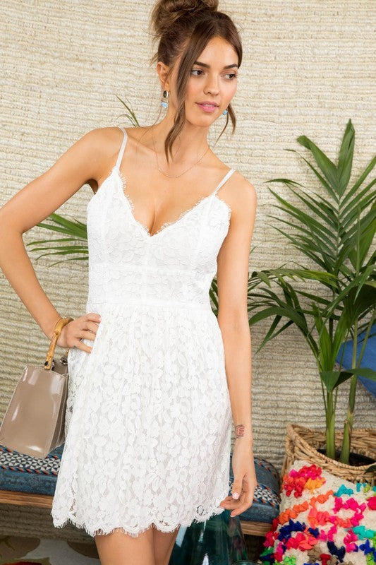 Sophia Adjustable Spaghetti Straps Back Zipper Scalloped Hem Crochet Lace Flare Mini Dress Siin Bees