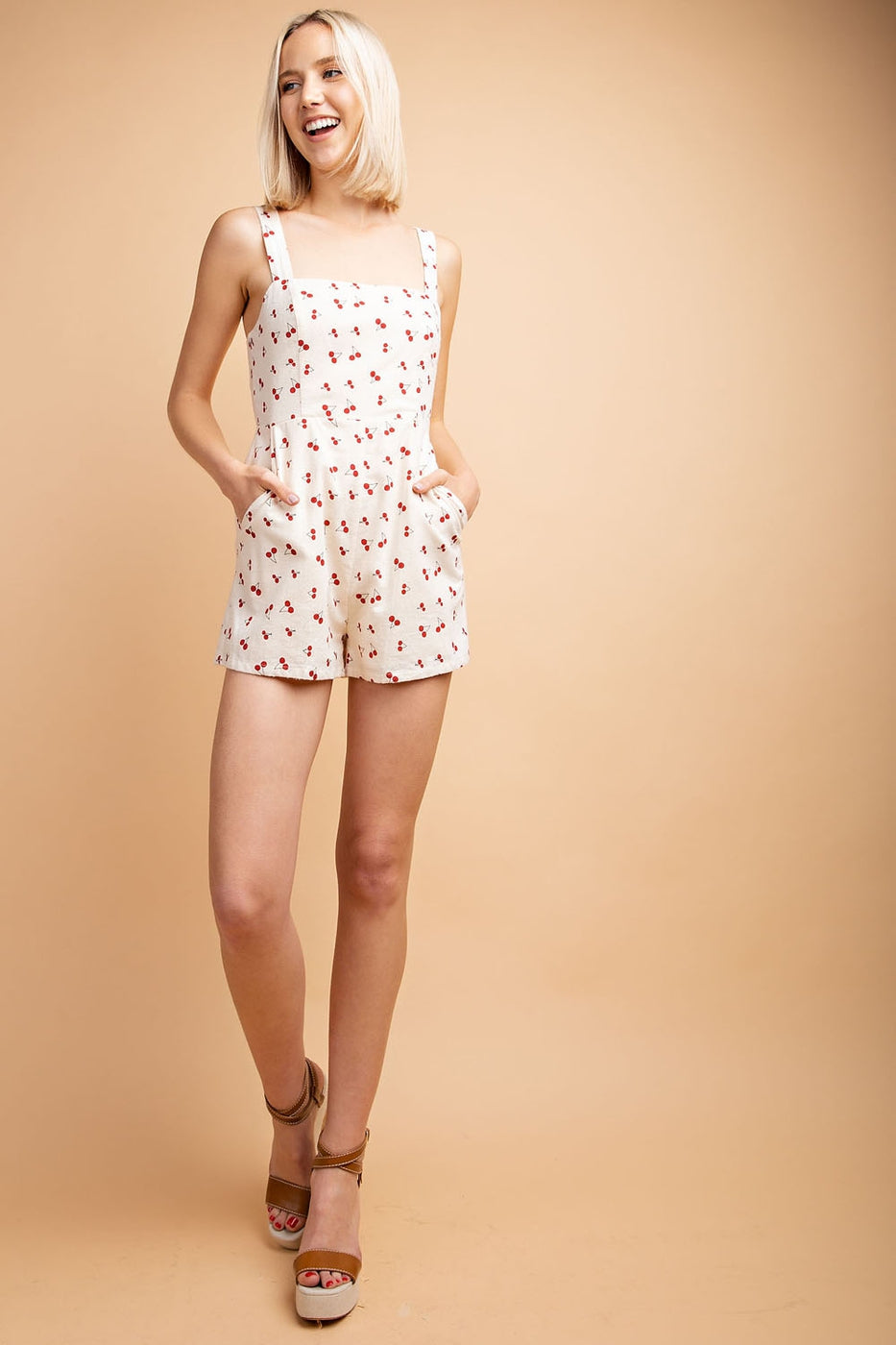 Alice Romper With Cherry Print Square-Neck Sleeveless In White Siin Bees