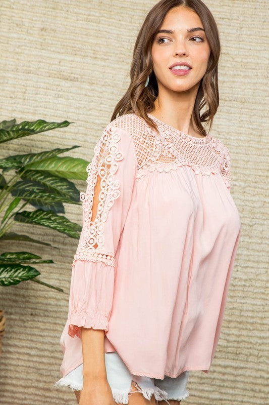 Lace Details Round Neck 3/4 Sleeve Top Siin Bees