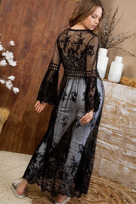Long Sleeve Scalloped Edge Trim Detail Lace Kimono Siin Bees